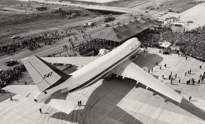 Boieng 747 - lansarea 1968
