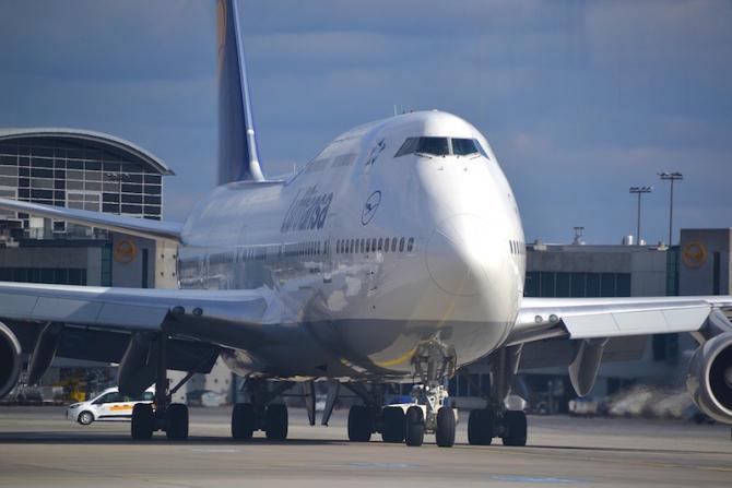 "Boeing 747 - o afacere de succes: 50 de ani de ""Jumbo Jet"""