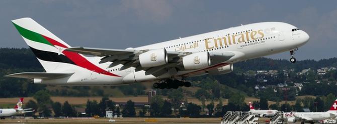 Piloții de la Emirates rugați să intre în concediu timp de 1 an