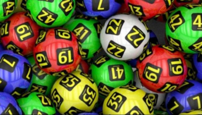 Cu 2 variante simple jucate, fericitul câștigător sa ales cu un premiu de categorie a II-a în valoare de 890.486,20 lei la Joker