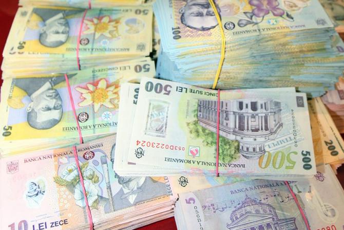 Bani de la stat pentru această categorie de români. Ce condiții trebuie să respecte și care e suma la care se ajunge