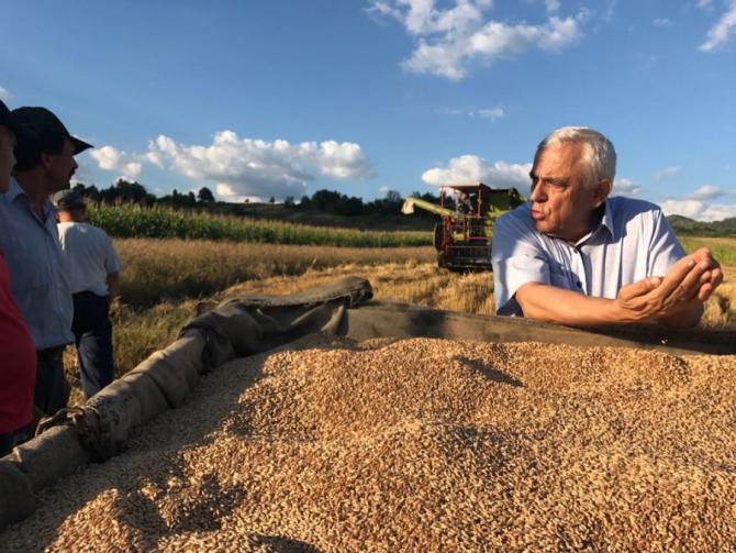 Petre Daea, ministrul Agriculturii