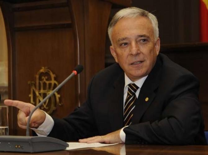 Isărescu a criticat dur măsurile fiscale ale Guvernului
