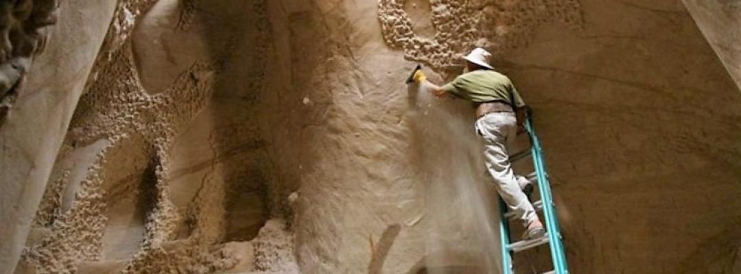 Pictorul Ra Paulette și peștera lui