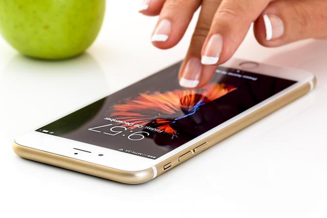 Apple este în conflict cu producătorul de semiconductori Qualcomm