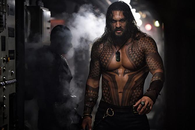 Jason Momoa îl interpretează pe Aquaman