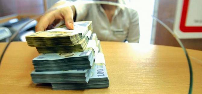 Ministerul Finanţelor a atras 105 milioane de lei de la bănci