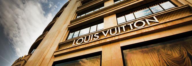 Gigantul de lux trece de la producerea genților de sute de mii de euro la dezinfectant
