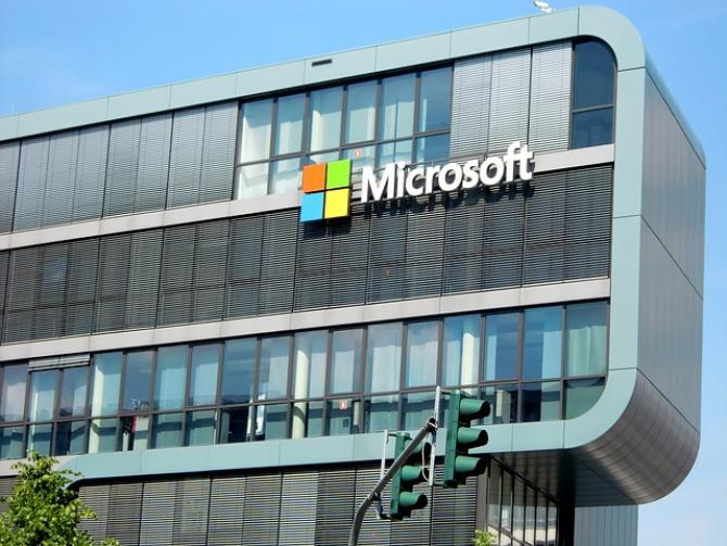 Angajații Microsoft nu vor să aibă de-a face cu Pentagonul
