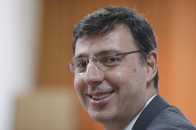Ionuţ Mişa, preşedintele ANAF, tace şi face