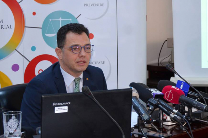Stefan Radu Oprea