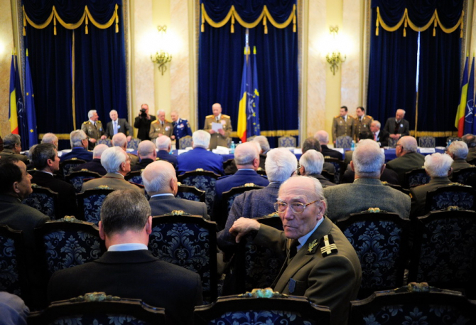 Veteranii și văduvele de război primesc subvenții majorate
