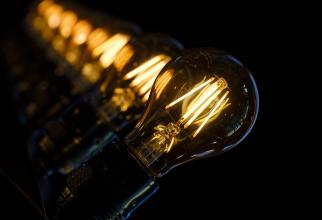 Italia ia măsuri pentru contracararea exploziei prețurilor la energie electrică