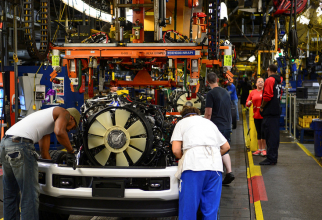 Ford va concedia 7.000 de oameni