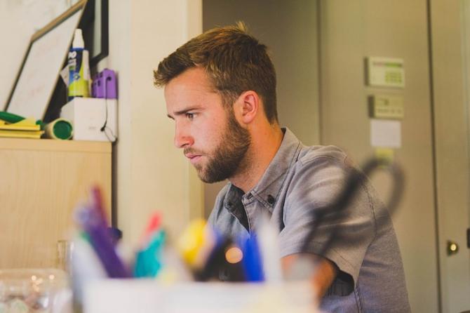 A venit momentul în care dorești să faci ceva în plus, pe lângă locul de muncă, pentru a obține un venit suplimentar