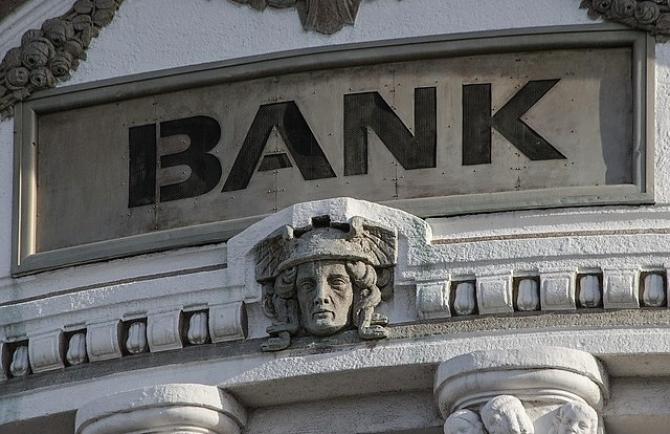 Băncile, afectate de taxa pe lacomie