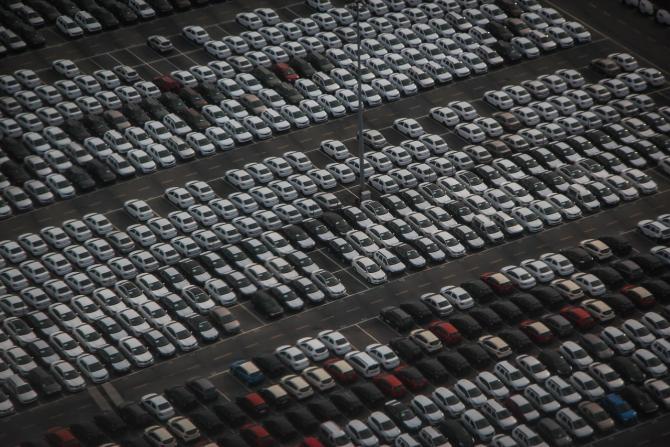 Vânzările de mașini noi au crescut spectaculos în România
