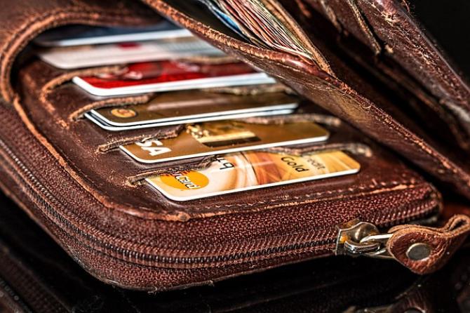 Pasionaţii jocurilor de noroc din Marea Britanie nu vor mai putea să îşi utilizeze cardurile de credit pentru a face pariuri