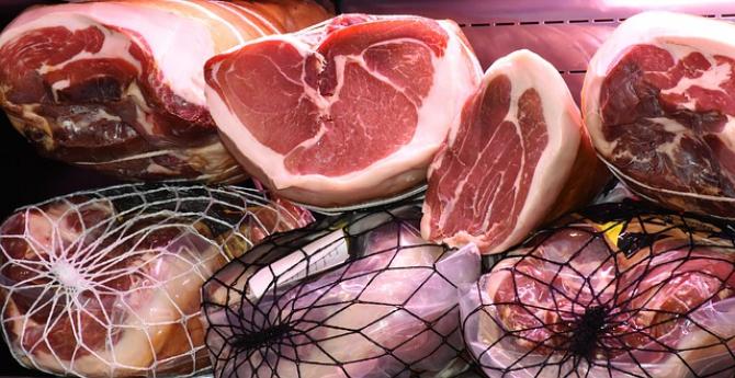 La carne și ulei, prețurile s-au redus chiar