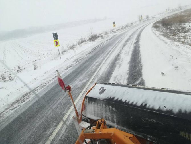 Drumarii de la CNAIR acționează pentru a menține soselele curate