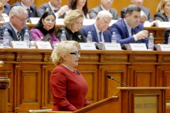 Viorica Dăncilă a fost angajata Petrom timp de 21 de ani