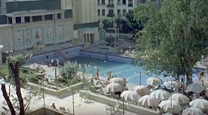 Celebra piscină cu valuri de la Lido