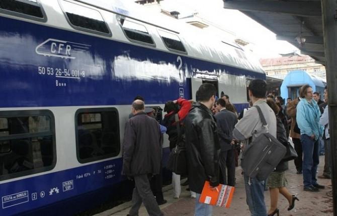 CFR a transferat călătorii cu un microbuz până la stațiile apropiate