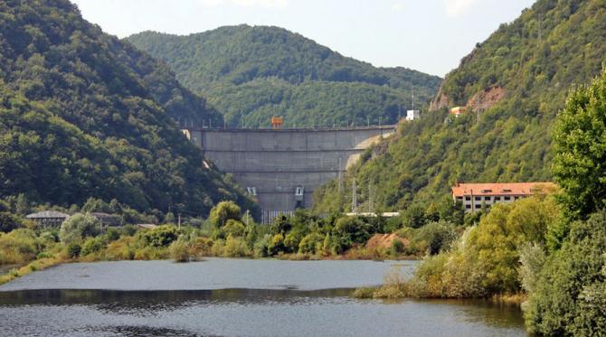 Hodrocentrala de la Tarnița