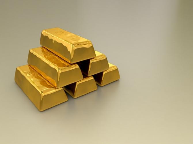 Aurul pare să redevină activ de refugiu