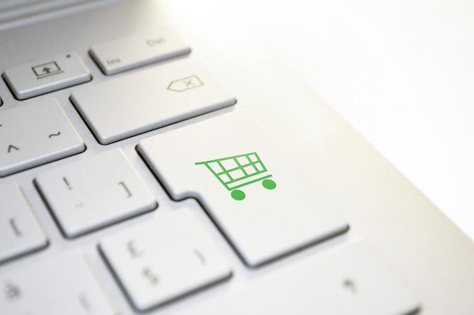 Comerțul online, facilitat de o aplicație creată în România