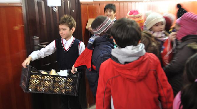 Programul Masă caldă pentru elevi