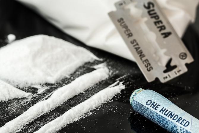 Traficul ilegal de droguri deschide oportunităţi de a câştiga bani pentru persoanele afectate economic de criza noului coronavirus