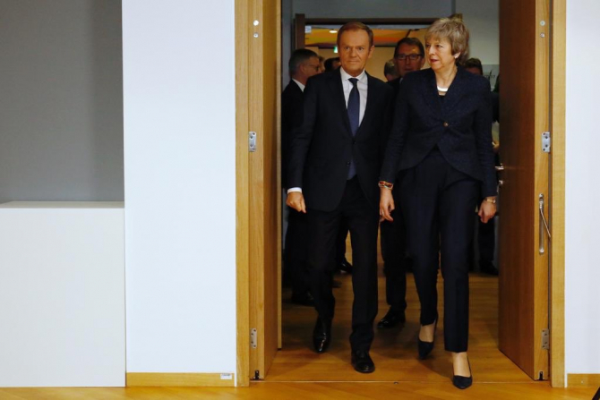 Donald Tusk și Theresa May