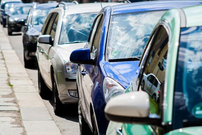 Taxa auto, la jumătate în anumite localități