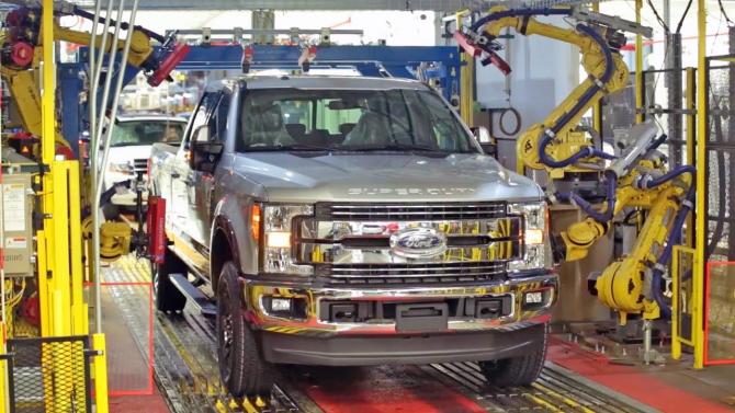Ford Motors se confruntă cu probleme majore și vrea că concedieze 12.000 de oameni