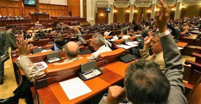 Motiunea pe energie, dezbătută de Camera Deputaților
