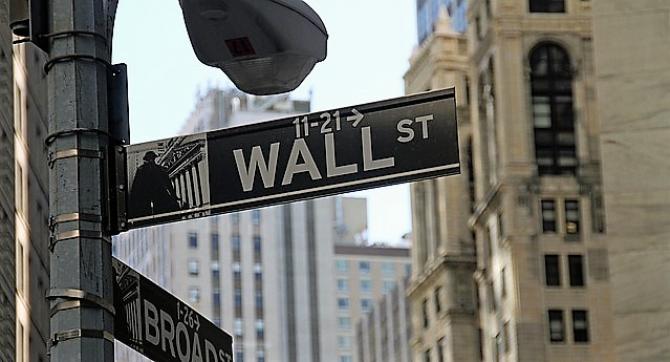 Toate calculele se fac pe Wall Street