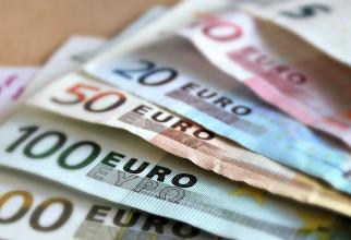 BNR: Euro atinge un nou MAXIM ISTORIC