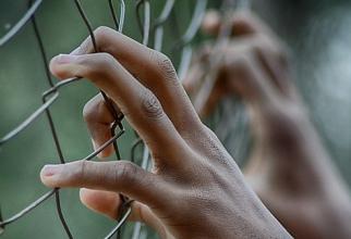 IREAL! Ce beneficii au deținuții din Ucraina. Pot plăti cu vouchere