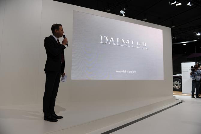 Daimler vrea să vândă chinezilor o participaţie de 50% în brandul Smart