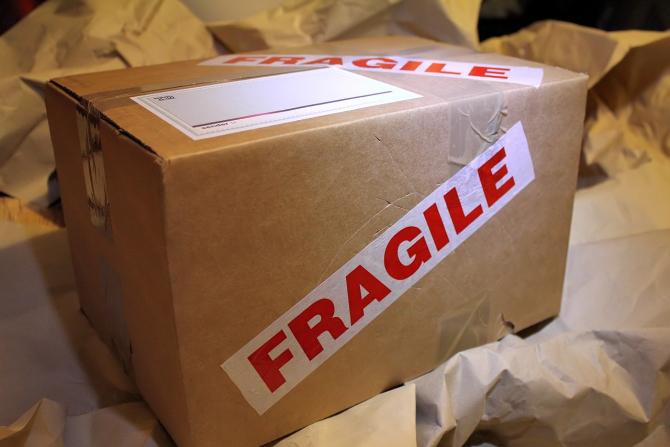 Românii trimit mâncare și animale vii prin poștă