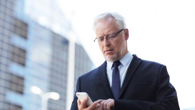 Personele de vărsta a treia vor fi angajate în posturile de consilieri