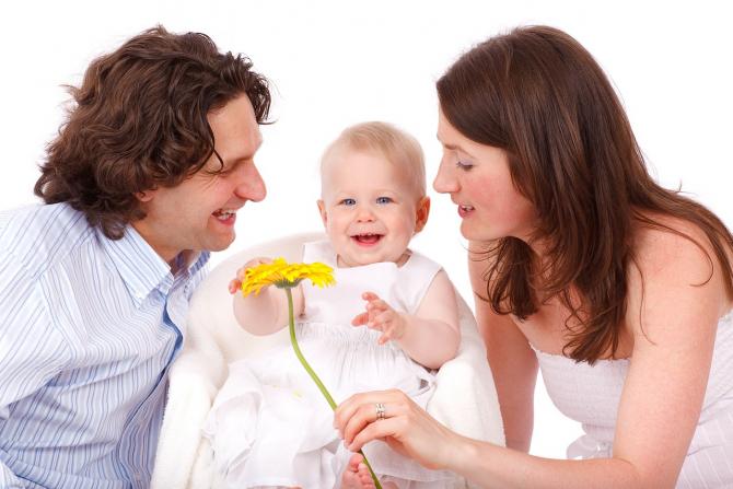 Tatăl va sta mai mult alături de copii