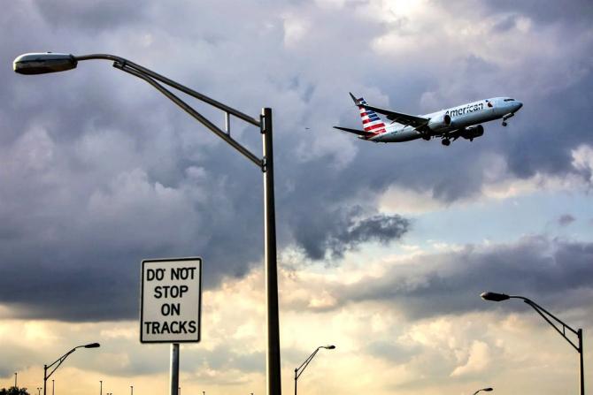 Avioanele Boeing 737 MAX 8 și 9, rămân la sol