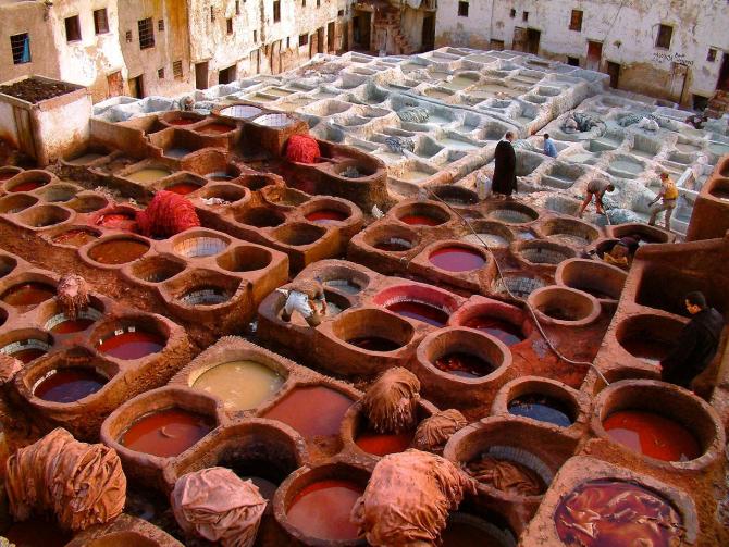 Vopsitorie de textile din Fez, Maroc