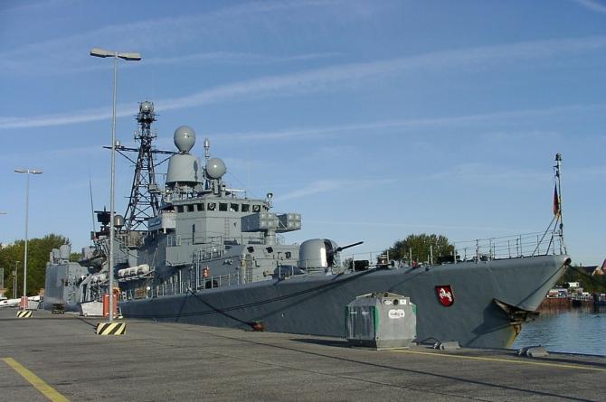 NATO vrea să restrângă operațiunile flotei ruse în Marea Neagră