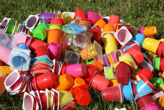 Deseuri din plastic