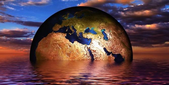 Se incinge apa oceanelor