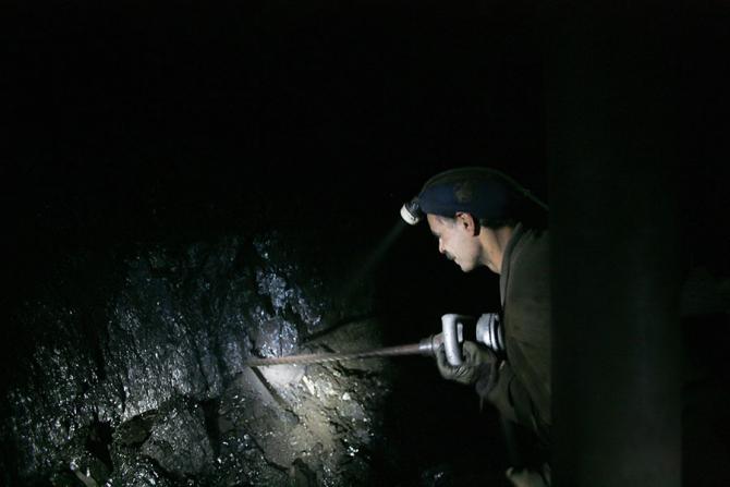 Liviu Dragnea nu vrea închiderea minelor