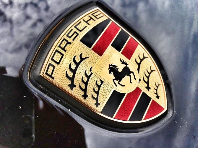 Porsche a înregistrat PIERDERI COLOSALE